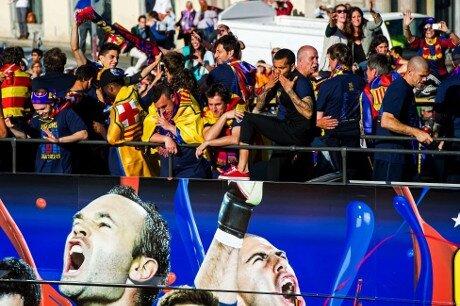 500.000 aficionados celebran con el Barça el título de Liga 2012-13 - imagen 3