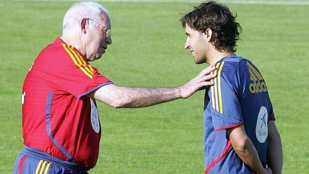 Del Bosque y Aragonés; Casillas y Raúl - imagen 2