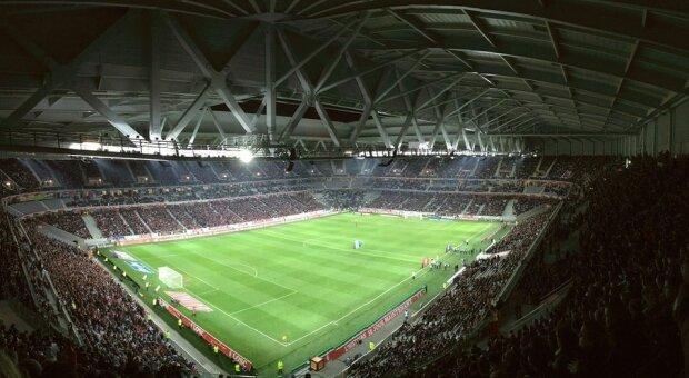 Estadio de fútbol abarrotado
