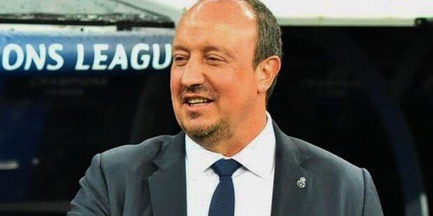 Rafa Benitez en el banquillo del Real Madrid