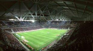 ¿Los estadios deberían prohibir el pago en efectivo?